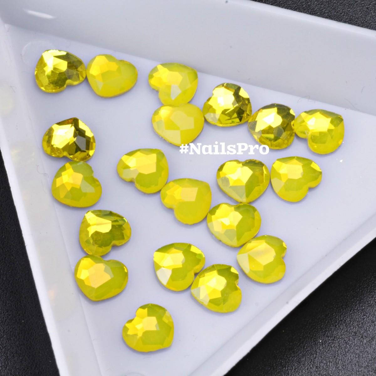 Стразы опал сердце желтый 6шт